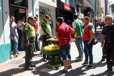 'A medias', operativos de despeje del espacio público en Bucaramanga