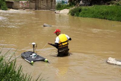 AMB avanza con el plan de monitoreo en fuentes hídricas