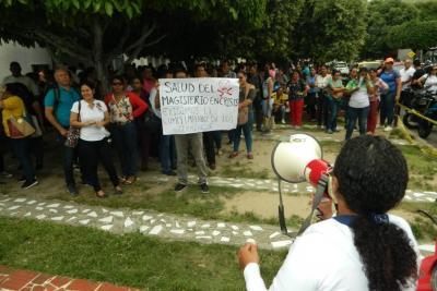 Aún no se fija hora cero para el paro de docentes en El Puerto