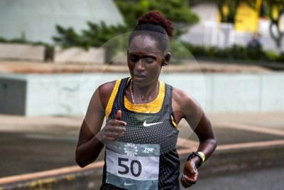 Atleta etíope ganadora de la Maratón de Mellín completa varios días atrapada en Bogotá