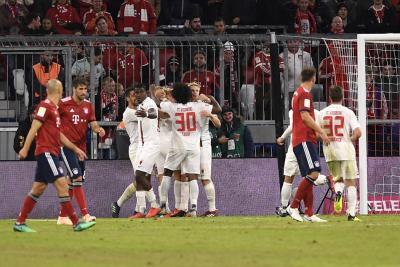 Sin James, Bayern Múnich empató con Augsburgo