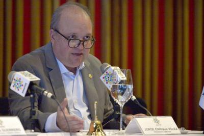 Dimayor dice que evaluará propuesta para el canal premium