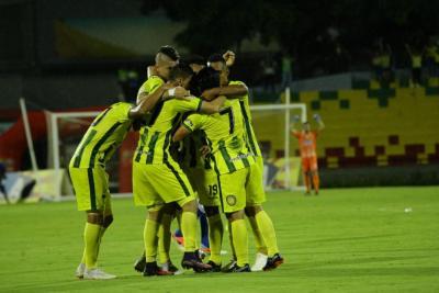 Entre los ocho: Bucaramanga le ganó 2-1 a Millonarios