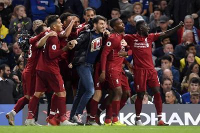 Con un golazo de Sturridge, el Liverpool empató ante el Chelsea