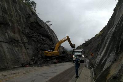 Tránsito en la vía a Barrancabermeja depende del clima y coluviones