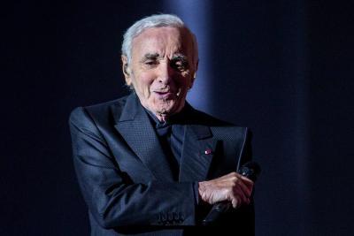 Murió el cantante francés Aznavour a los 94 años
