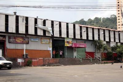 Vendedores de plazas de mercado de Bucaramanga tendrán que pagar más por arriendo de locales