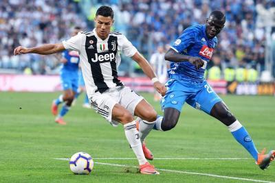 Ayer se cumplieron 15 años del debut de Cristiano Ronaldo en la fase de grupos de la Liga de Campeones. Fue en una derrota del Manchester United por 2-1 ante el Stuttgart. Ahora quiere empezar a escribir su nueva historia con la Juventus italiana.