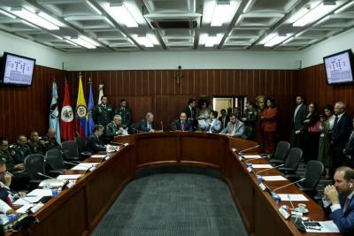 'Infiltrados en protesta social serán criminalizados': MinDefensa
