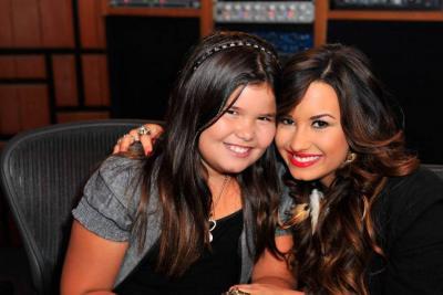 Hermana de Demi Lovato revela  detalles de la rehabilitación de la cantante