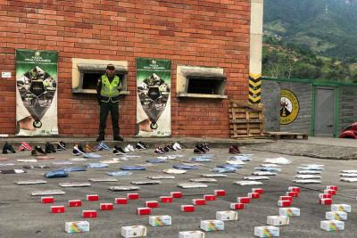 Policía incautó $730 millones en mercancía de contrabando en Santander