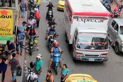 Con cincuenta agentes más se combatirá a la 'piratería' en Bucaramanga