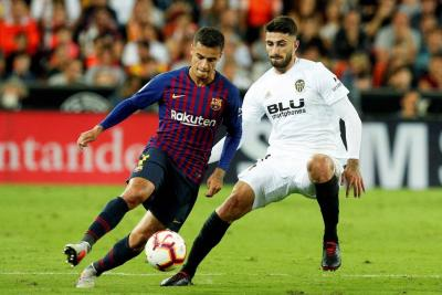 El Barcelona no pasó del empate en Valencia (1-1), con un nuevo gol de Leo Messi que contrarrestó el de su compatriota Ezequiel Garay. Los culés completaron cuatro partidos de Liga Española sin poder celebrar.