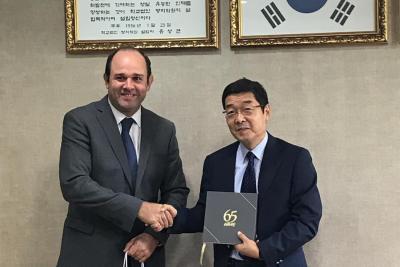 Rector designado estrecha relaciones con universidades en Corea del Sur