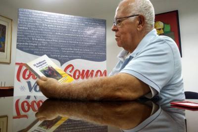 Tras cinco años de investigación y dos de consolidación, Guillermo Nigrinis Consuegra escribe un libro sobre la gallina criolla.