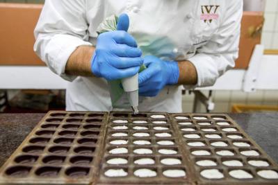 El Ministerio de Agricultura dijo que se trabajará en transformación para que los campesinos no vendan el cacao en pepa y puedan acceder a mejores precios en el mercado.
