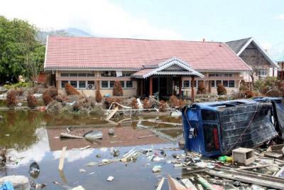 Nuevo terremoto de magnitud 6 en Indonesia deja al menos 3 muertos