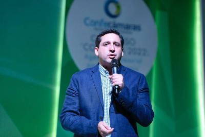 José Andrés Romero Tarazona, director de la Dian, afirmó que con este proyecto le cumple en tiempo récord a la comunidad de comercio exterior con la armonización y compilación de la norma aduanera.