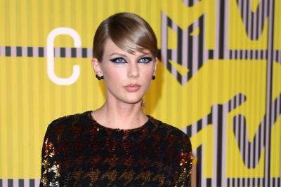 Taylor Swift y Camila Cabello reinaron en los American Music Awards
