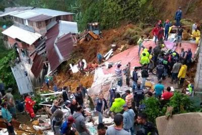 A 12 aumenta la cifra de muertos tras deslizamiento en Marquetalia, Caldas