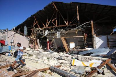 Florida, en reconstrucción luego del paso de huracán