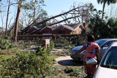 Asciende a 11 el número de muertos por tormenta Michael en EE. UU.