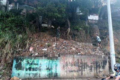 Siete casas están en riesgo de inminente deslizamiento en Bucaramanga