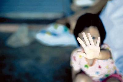 Niña de nueve años habría sido violada por su propio tío