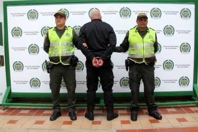 Hurto a negocio se efectuó con complicidad de un vigilante en Bucaramanga