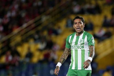 Atlético Nacional investigará la pelea de dos de sus futbolistas en pleno partido
