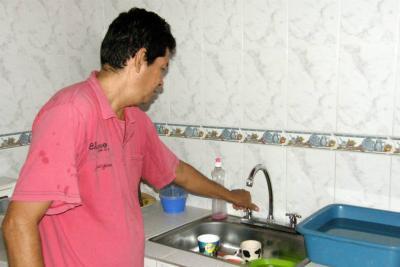 Derrumbe dejó sin agua a unas 20 mil personas durante tres días en Santander