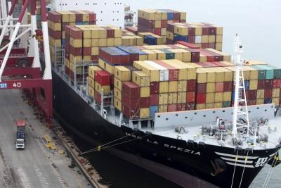 Trump quiere acuerdos comerciales con la UE, Reino Unido y Japón