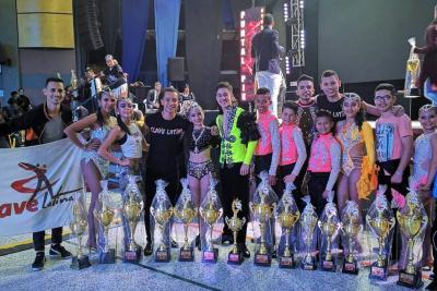 Bailarines santandereanos obtuvieron 14 trofeos en Nacional de salsa