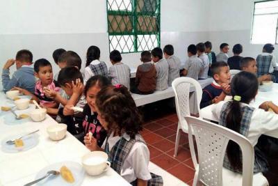 Alcaldía de Piedecuesta se comprometió a reactivar el PAE el lunes