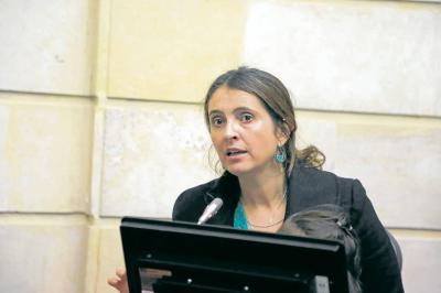 La propuesta de Paloma Valencia no alza vuelo