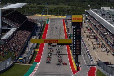 Räikkönen ganó en Austin y postergó el título de Hamilton