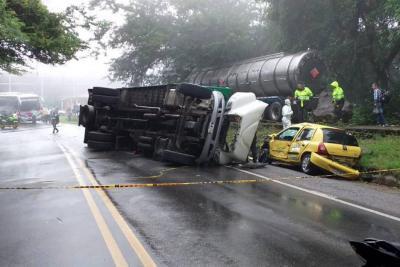Trágico Accidente en la vía San  Gil - Socorro dejó un muerto