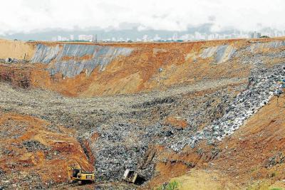 Piden investigar presunto brote de lixiviados cerca a El Carrasco en Bucaramanga