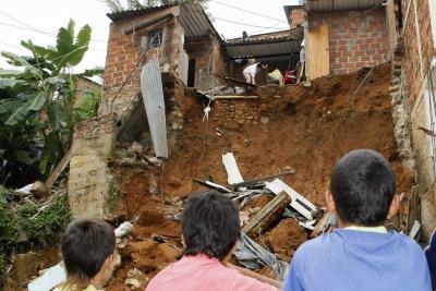 290 mil personas del área metropolitana de Bucaramanga están en grave riesgo por las lluvias