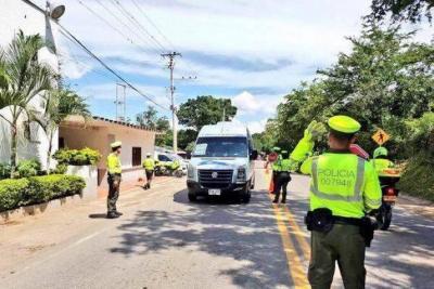 En dos semanas sancionaron a 3.275 conductores e inmovilizaron 993 vehículos en Bucaramanga