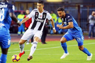 Luto en el fútbol; Cristiano, el gran salvador de Juventus