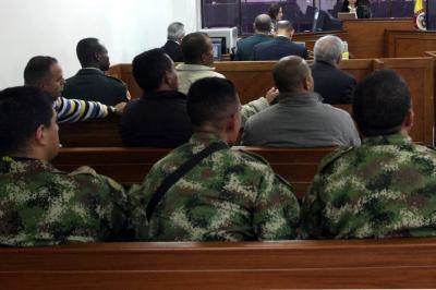 Condenan a cinco militares por 'falso positivo' de un campesino en Lebrija