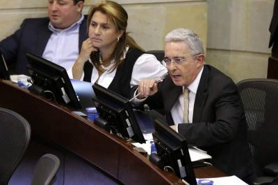 Centro Democrático pide al Gobierno no aplicar IVA a la canasta familiar