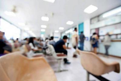 Adultos mayores denuncian falta de atención médica en Bucaramanga