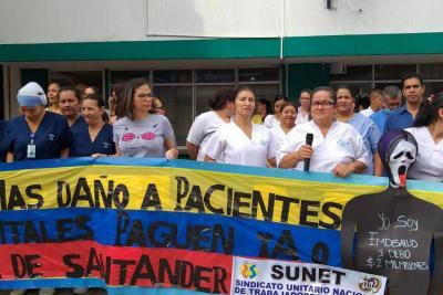 Empleados del Hospital de Floridablanca presionan a las EPS para que paguen
