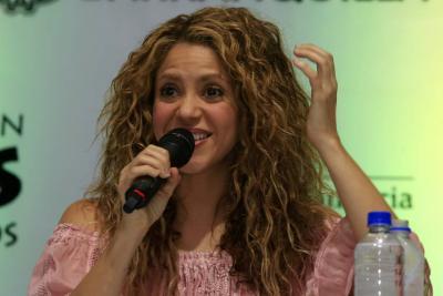 Shakira vuelve a cantar en Colombia