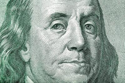 """El dólar sigue  por """"las nubes"""""""