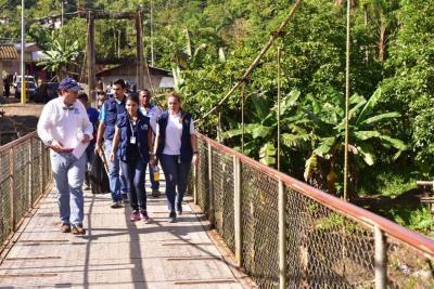 Buenaventura es una zona que nunca ha salido de la violencia y la única forma que salga de allí es con inversión social, dijo el Defensor del Pueblo.