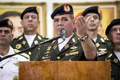 """El ministro de Defensa de Venezuela, Vladimir Padrino, ha comunicado que en Amazonas fue detectada la presencia de """"grupos paramilitares""""."""
