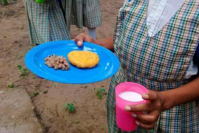 El Programa de Alimentación Escolar, PAE, está en la mira de las autoridades, entre otras cosas, por la contratación y la calidad de los productos nutritivos que se les están entregando a nuestros estudiantes.